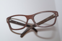 Holzbrille Model P